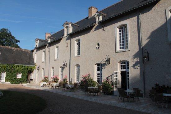 Saint-Dye-sur-Loire, France: L'hotel - La struttura è splendida