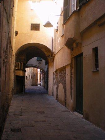 La Rosa d'Oro : Genova, I Carruggi