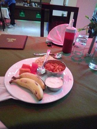 The Shipra International: Complimentary breakfast