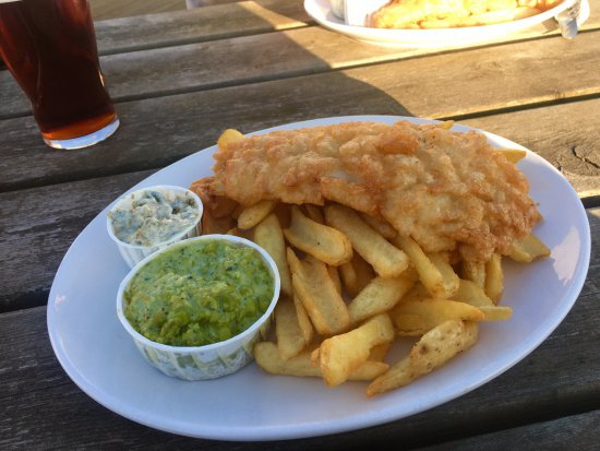 Roch, UK: Fish and Chips