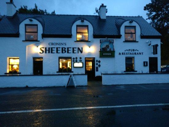 Cronin's Sheebeen: Cronins Shebeen