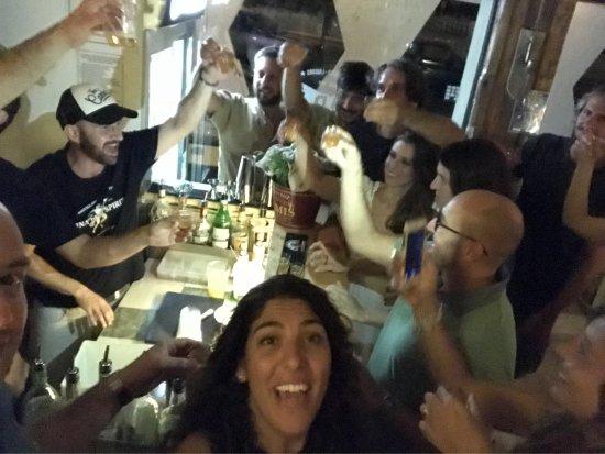 写真BAR-H - Wine, Beer, Liquors枚