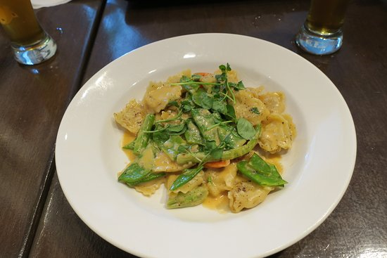 Cafe Boheme: Vegetarisches Nudelgericht