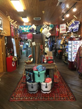 Dixie Pickers is on the historic town square of Collierville, TN. Voted the #1 Main Street of Am