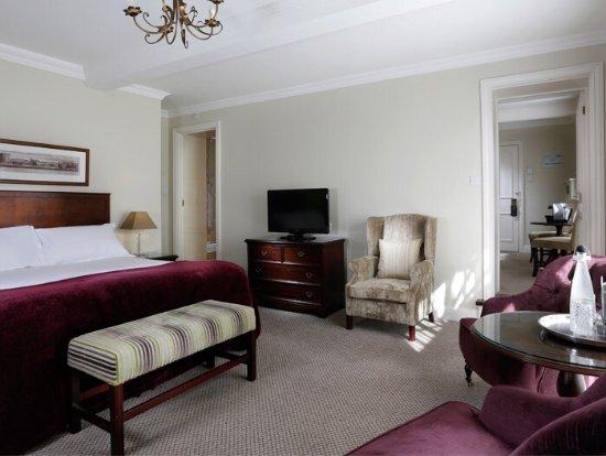Macdonald Alveston Manor Hotel: photo0.jpg
