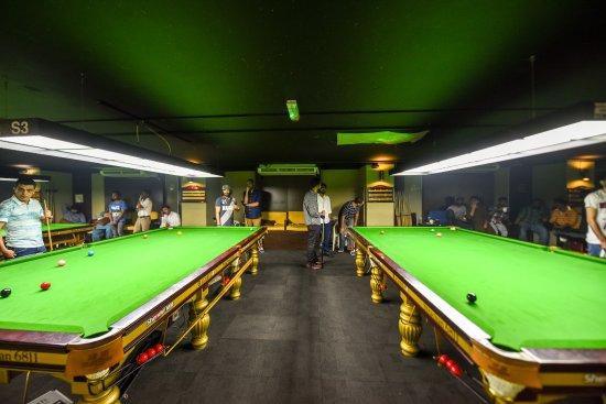 2000 Billiards Centre
