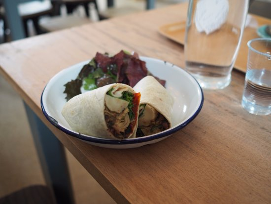 Island Cafe : Vegan Wrap