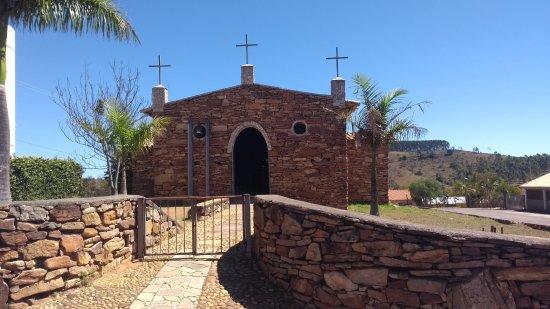 Ibertioga: Igreja de Pedra