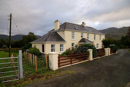 Hillcrest Farmhouse : photo1.jpg