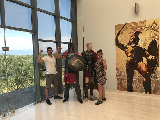George's Taxi: The buses don't stop at the Thermopylae Center — a must see