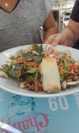 Metz-Tessy, فرنسا: Salade de nems de magret fumés