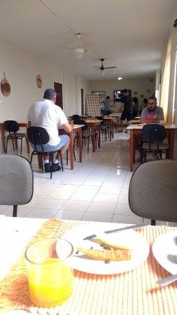 Libero Hotel: Área café da manhã