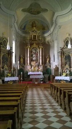 Chiesa parrocchiale di S. Margherita Villa Ottone
