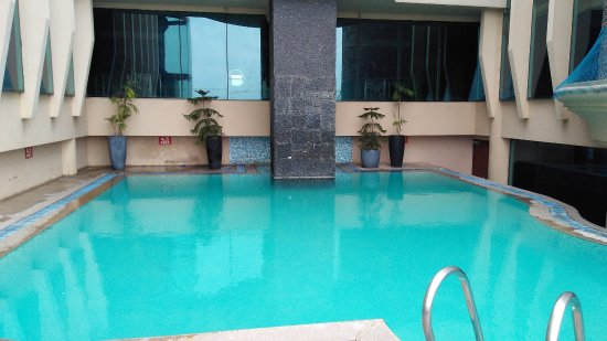Vesta International: Terrace pool