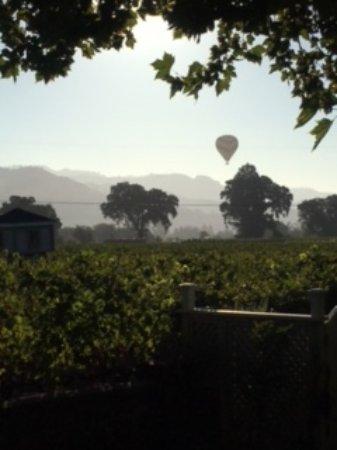 Chateau de Vie: Beautiful morning view