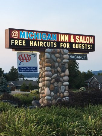 @ Michigan Inn & Lodge : photo3.jpg