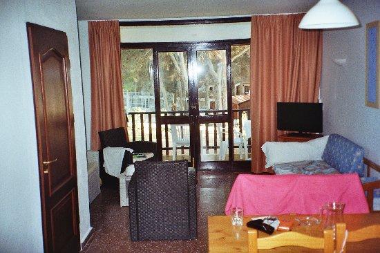 Club marmara sol parc petit salon avec balcon a letage 2chambre plus salle de bain