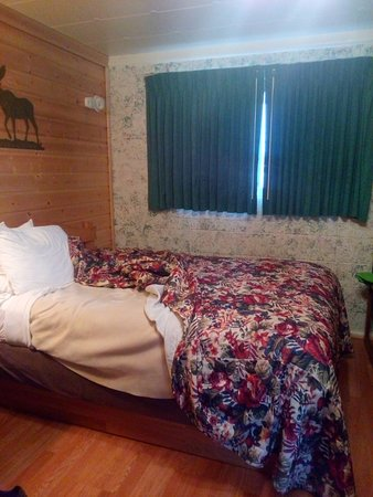 One Horse Motel: Very comfortable room