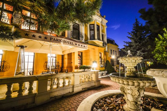 Parkhotel Brno: Evening romance at Parkhotel