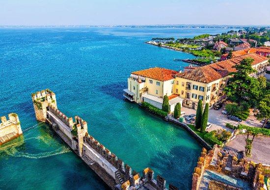 Lombardie, Italie : Sirmione, Lago di Garda, Lombardia