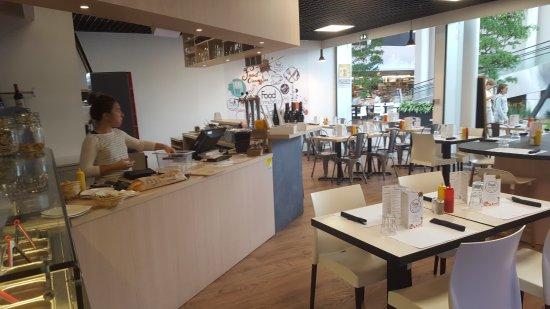Herbignac, Francja: BAR ET SALLE DE RESTAURANT
