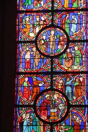 Cathédrale de Coutances : couleurs chatoyantes et fascinantes