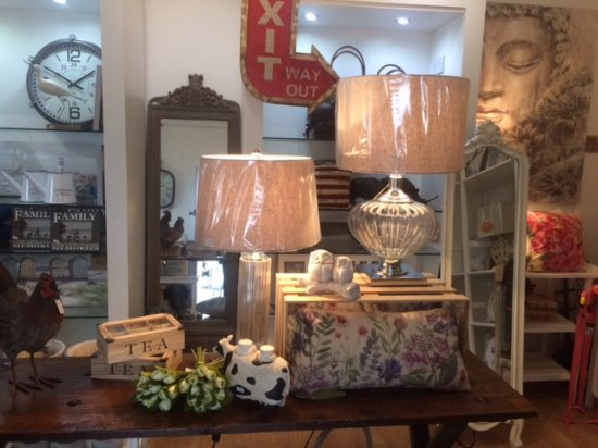 Duleek, Irlanda: Some Items from our store