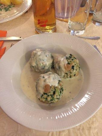 Unken, Avusturya: canederli
