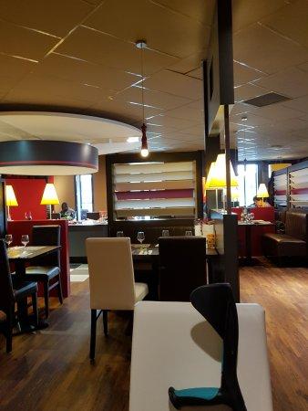poivre rouge lievin rue gilles de roberval restaurant avis num ro de t l phone photos. Black Bedroom Furniture Sets. Home Design Ideas
