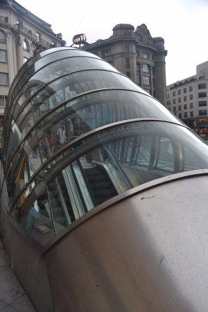 Metro de Bilbao: Bilbao