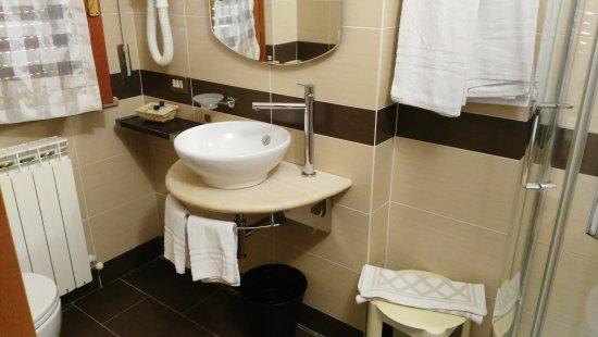 Hotel I Due Cigni: IMG_20170827_115615_large.jpg