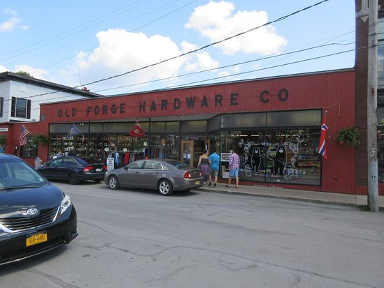 ‪Old Forge Hardware‬