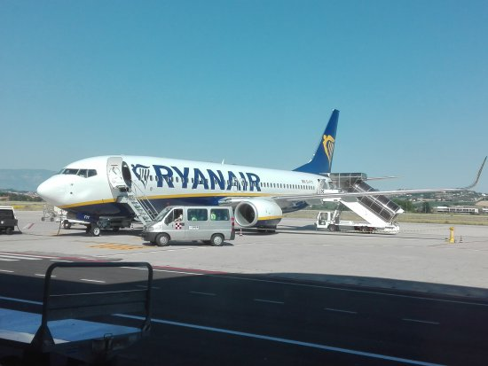 l 39 aereo con cui abbiamomviaggiato photo de ryanair monde tripadvisor. Black Bedroom Furniture Sets. Home Design Ideas