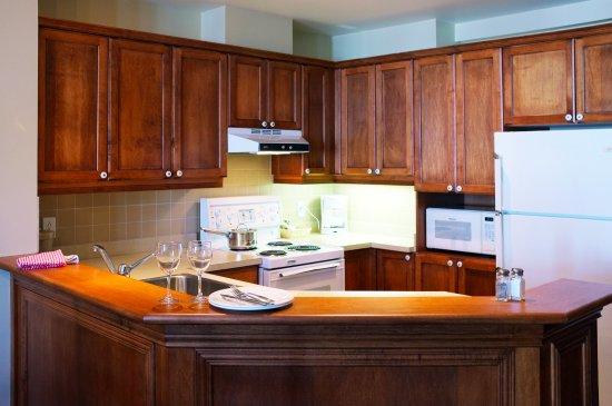 Place St-Bernard: Cuisine complète - Suite 2 chambres