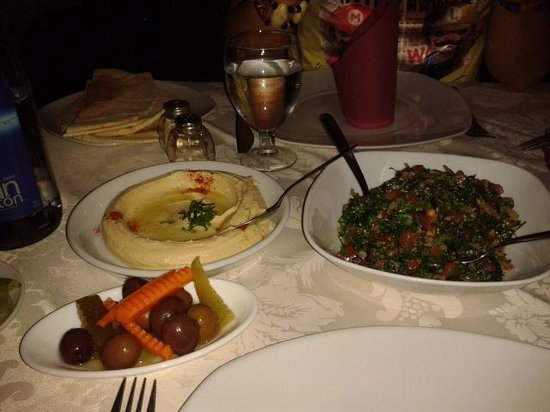 Los Cedros in Las Canteras Offers Middle Eastern Food