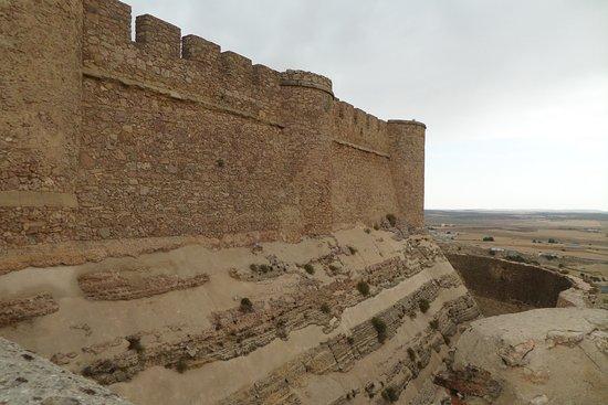 Chinchilla de Monte-Aragon, Espagne : Parte lateral del castillo