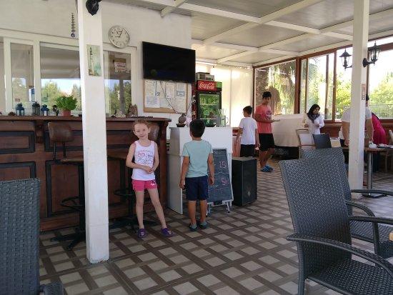 Tugay Hotel: IMG_20170824_090606_large.jpg