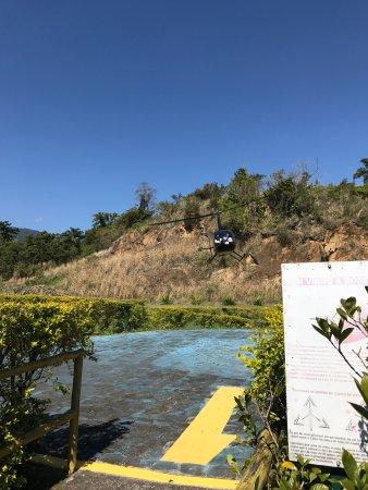 Porto Pacuiba Hotel: Ilha bela vista de cima, passeio de helicóptero.