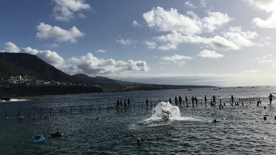 Piscina natural punta del hidalgo all you need to know for Piscina natural tenerife