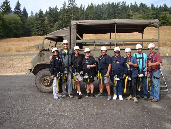 Canopy Tours Northwest: Group photo of the Family. Just before adventure.. Exciting!