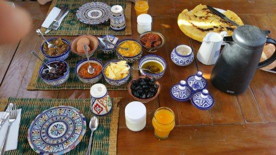 Dar KamalChaoui: Petit déjeuner, pris sur la terrasse