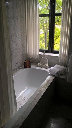 hotel med badekar badekar med utsikt   Picture of Park Hotel, Frederikshavn  hotel med badekar