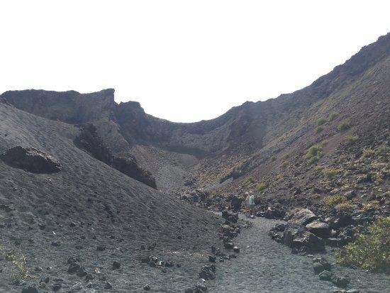 Volcan El Cuervo: photo3.jpg