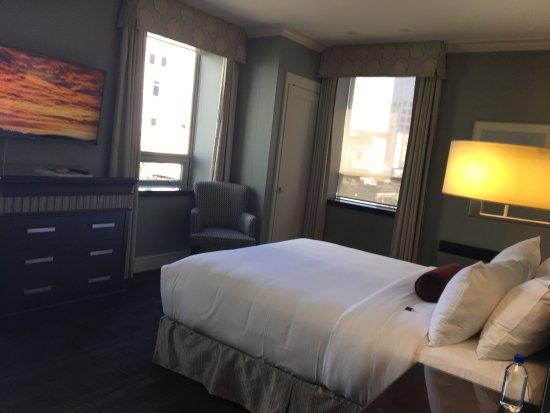 St. Regis Hotel: photo0.jpg