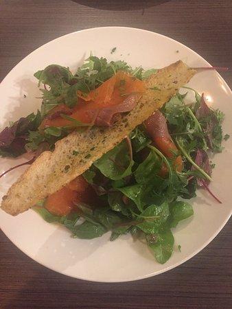 Salade zalm en rivierkreeft