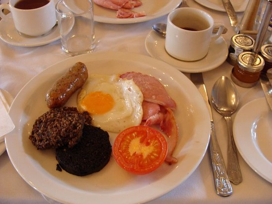 The Craiglynne Hotel: Breakfast#HAggis#Bloodpudding - but I loved it