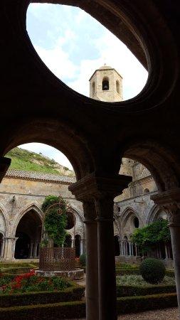 Ferrals-les-Corbieres, Fransa: Abbaye de Fontfroide.