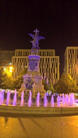 Plaza Espana : fontaine