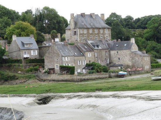 Gilles de Bretagne : la vista oltra l'insenatura verso sud
