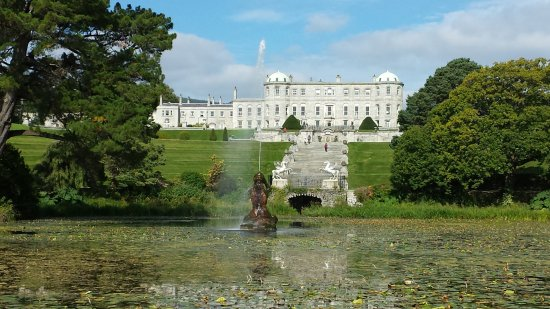 Powerscourt House and Gardens - Picture of Emerald Isle Tours ...